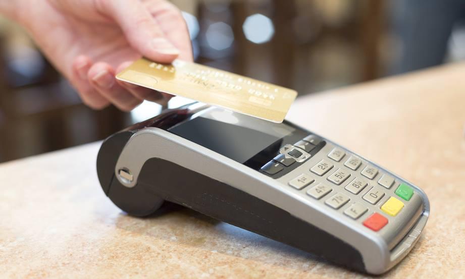 UNIZO over Europees verbod op toeslag bij elektronisch betalen