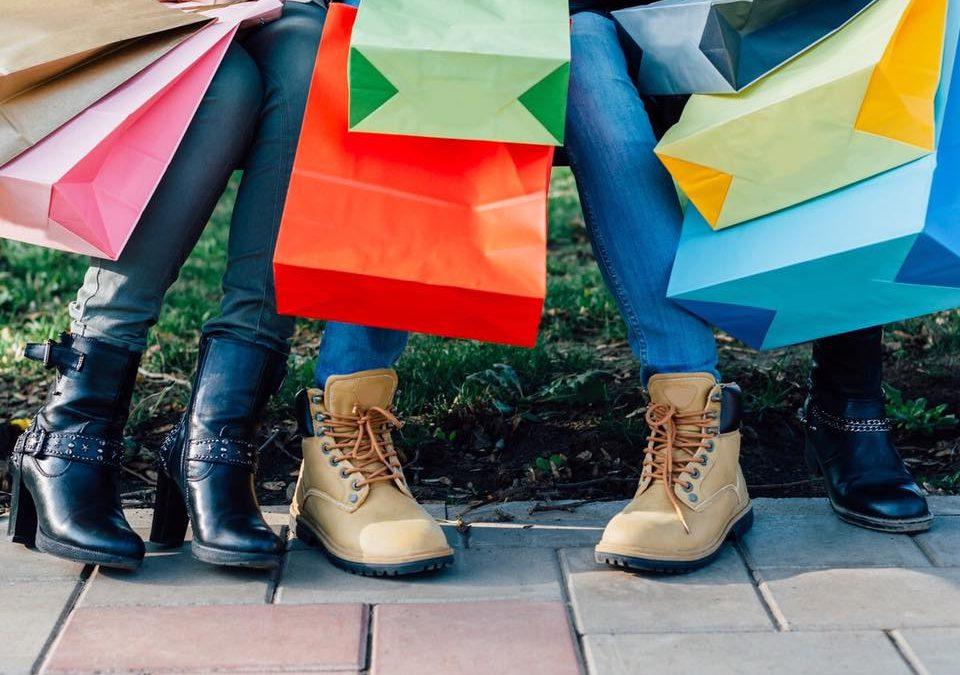 Een nieuw jaar, een nieuw voornemen? Het afschaffen van de sperperiode is enkel goed om de zelfstandige modedetaillist nog verder voor blok te zetten