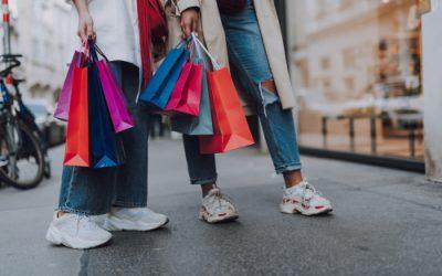 Modesector betreurt verstrengde maatregel maar is opgelucht dat shoppen per twee nog kan