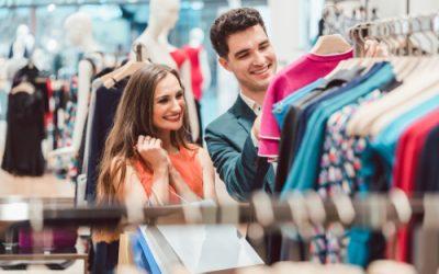 Modehandelaars hopen dat stijgend consumentenvertrouwen leidt tot goede soldenverkoop